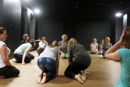 Theatre Laboratory for teachers - Telling with your eyes (Roberto Frabetti)